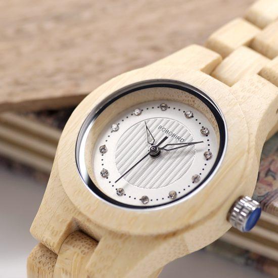Női fa karóra bambusz strasszkő